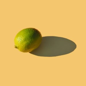 Репродукция картина - Лайм на желтом