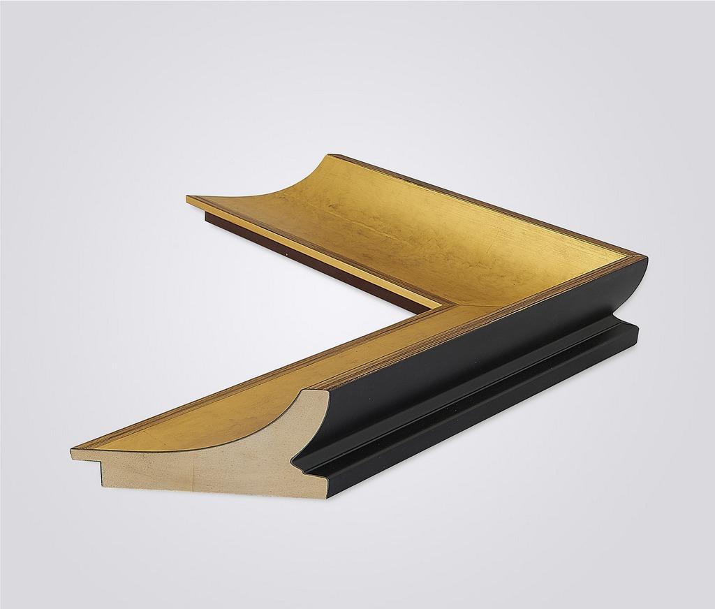 Современный образный деревянный багет